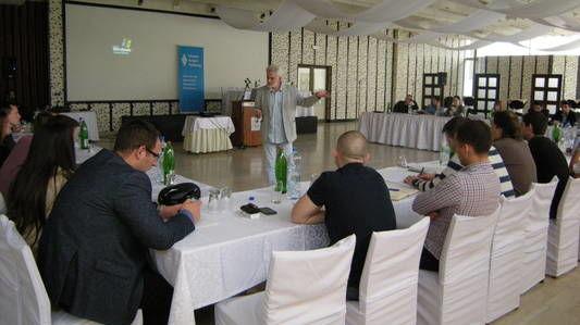 Seminar o izbornim sistemima i zakonodavstvu za mlade političare